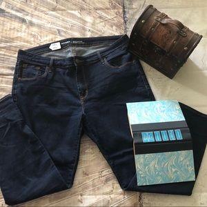 💥NEW💥 NWOT Old Navy Rockstar Jeans‼️ size 16